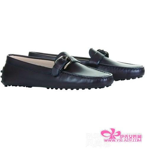 女人穿皮鞋精致又时髦(13)