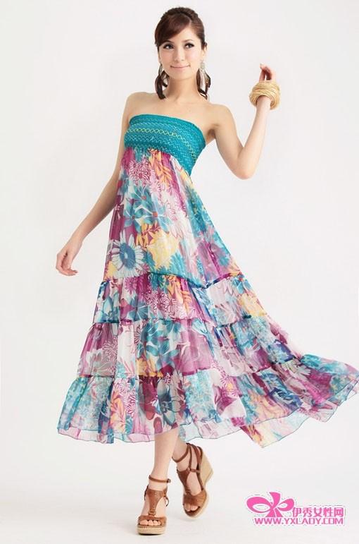 浪漫的波西米亚长裙搭配什么鞋子好呢?