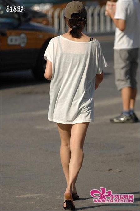 【图】街拍美女似露非露的女人最具诱惑! 450