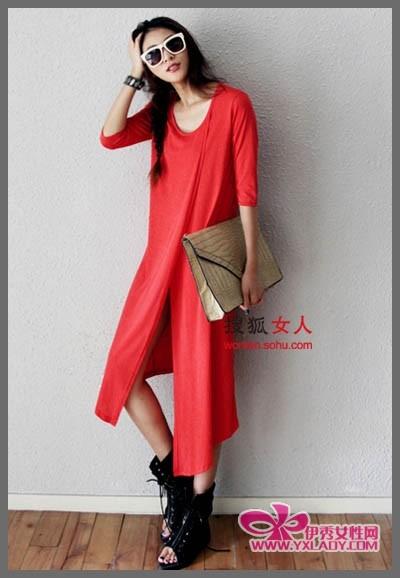 网络红人 宽松/夏季服装搭配的技巧带着精致感的着装搭配,让你选择的不一样的...