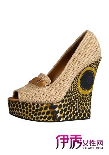 burberry春夏鞋子的编织美学