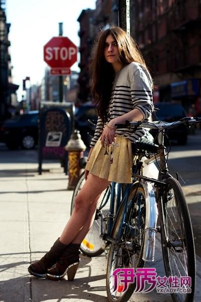 欧美街拍单车美女秀 环保型装扮才是最耀眼
