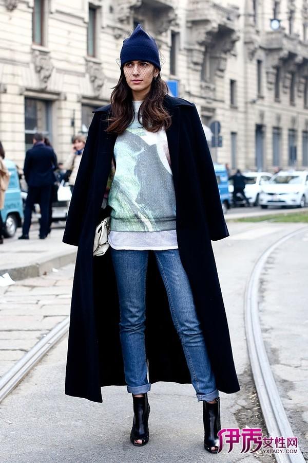 时尚 米兰/【图】米兰时装周街拍紧身裤和宽外套的显瘦策略05