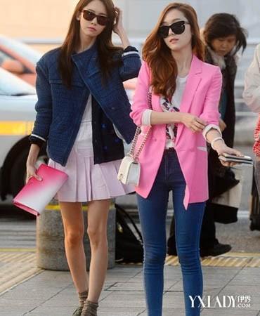 少女时代 示范/少女时代最新机场街拍示范外套+紧身牛仔裤显瘦美搭