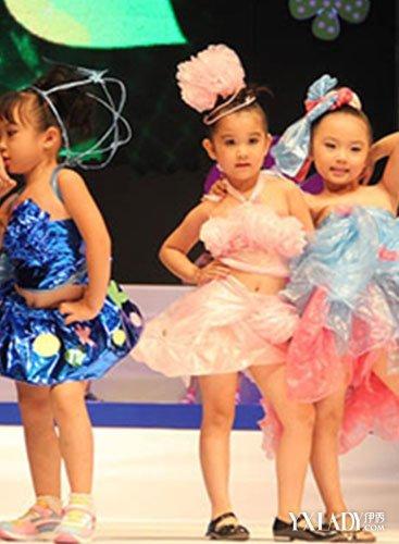 【图】幼儿园环保服装秀 环保时装秀摄影图片_t台秀场