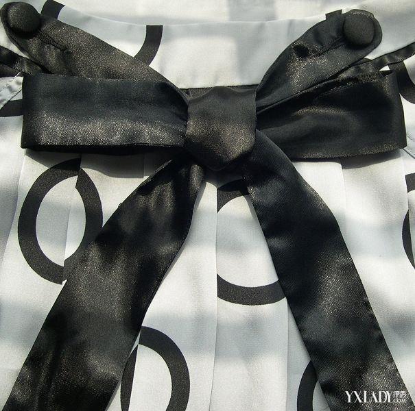 【图】风衣蝴蝶结的系法图解 风衣蝴蝶结的系法详细的