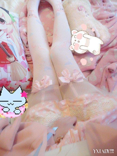 【图】初中美女穿短裙白丝 00后白丝萝莉走红