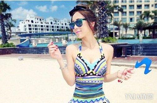 【图】夏日海边旅游穿衣搭配图片