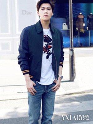 巴黎时装周李易峰最新图片2015 看男生街头卖萌耍帅图片