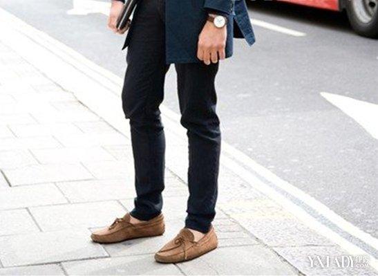 【图】男士豆豆鞋搭配裤子的方法
