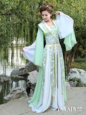古代仙女服装图片介绍 衣袂飘飘宛若天仙