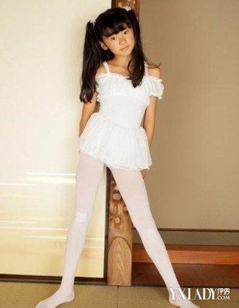 白袜子女生俱乐部-白丝袜小女孩诱惑,白丝袜小女孩诱惑,爸爸叫我玩他的巨龙图片