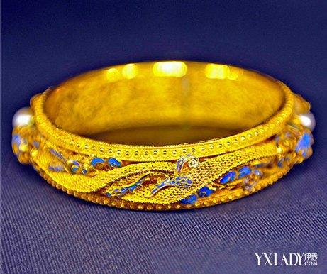 黄金手镯大都款式单一