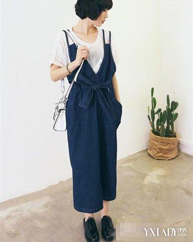 计,都与平时的背带裙有很大的不同.另外,腰间的部分还有大大