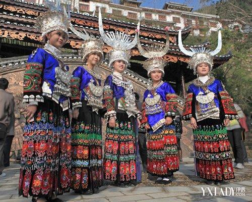 贵州黔西南苗族服饰大图 贵州黔西南苗族服饰文化浅析图片