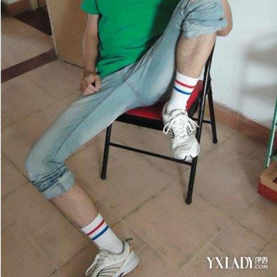 【图】展示白袜运动鞋男生图片 运动鞋选购指南须知道