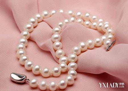 【图】如何鉴别粉红色珍珠项链的真假 多种方法让你轻松鉴别