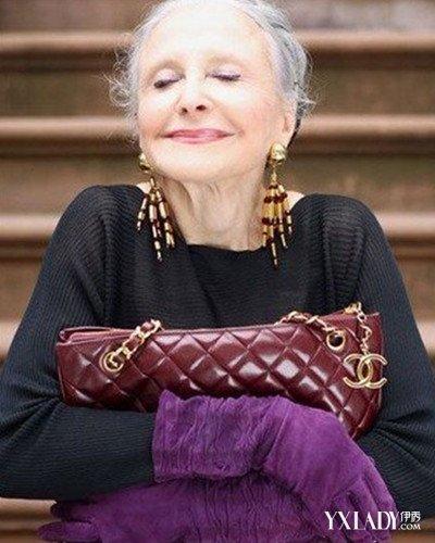 欧美胖奶奶_服饰 时尚街拍 欧美街拍 / 正文  时尚老奶奶照片 前不久,网上出现了