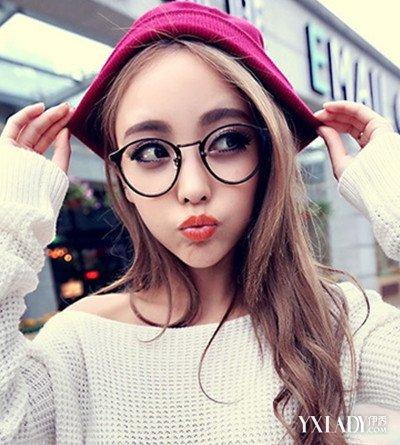 【图】戴眼镜的女生头像图片大全 为你增添几分知性气质