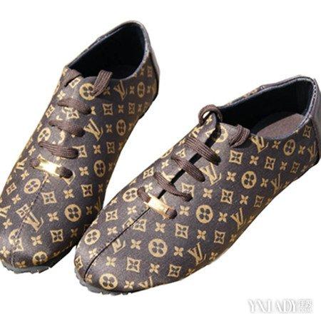 是构成男休闲鞋造型视觉美感的重要组成之一.