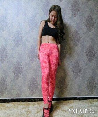 街拍透明紧身裤翘臀示范 打造性感美臀图片