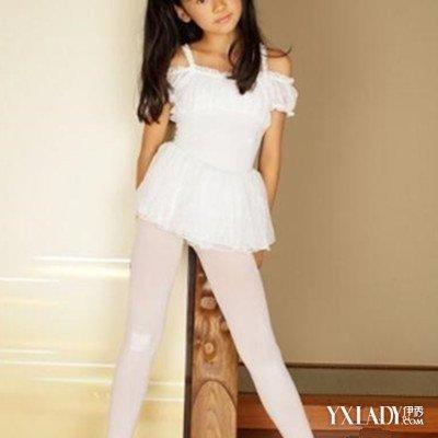 【图】小女孩白裤袜欣赏 女孩对连裤袜宠爱有加