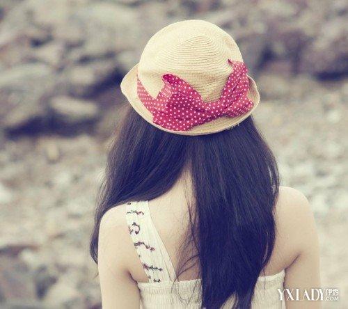李沁戴帽子背影头像可爱_李沁的图片头像可爱