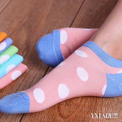 【图】短袜女生图片展示 袜子种类大起底_短袜