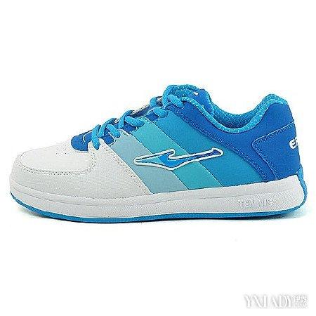 【图】鸿星尔克运动鞋女 让每位客户享受优质