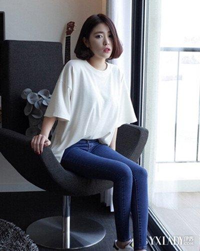 【图】白色紧身牛仔裤美臀搭配