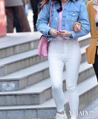 【图】街拍学生白色紧身裤 紧身裤小知识介绍