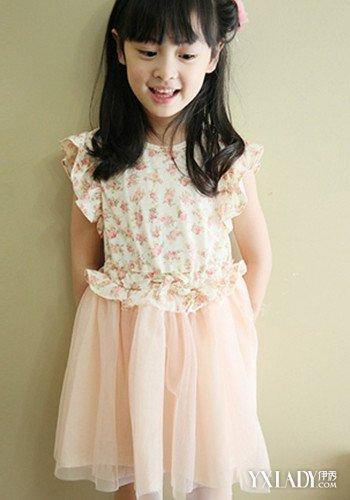 【图】可爱小女孩穿白袜裙子