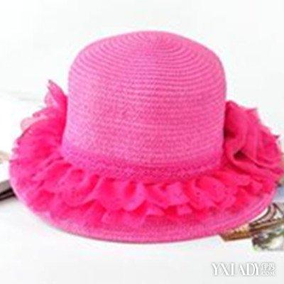 展示花边帽的图片 学会如何选择适合自己的一款帽子