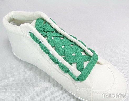 五孔鞋带的系法图解-板鞋鞋带怎么绑 五种绑鞋带方法让你转身变潮人