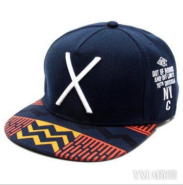 嘻哈帽子怎么带好看 2种方法推荐给你