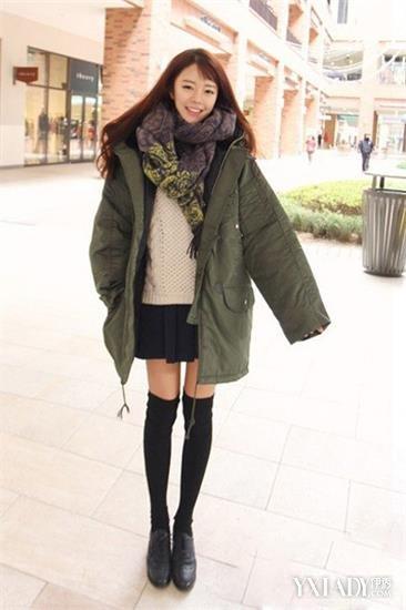 女裙冬装羽绒服女裤鞋男 羽绒服搭配短裙显瘦美丽不冻人