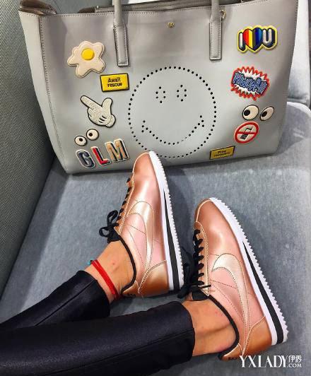 【图】自然穿运动鞋搭配够潮舒适头像显动漫青春女生qq女生哒萌女生萌头像图片