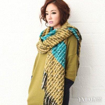【图】欣赏双色围巾的各种围法 学会各类围巾美丽搭配