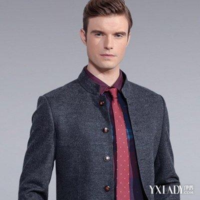 红色领带配什么衬衣好看 领带应如何与西服和衬衫搭配