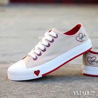 【图】教你巧妙搭配帆布鞋白袜踩踏 让你分分