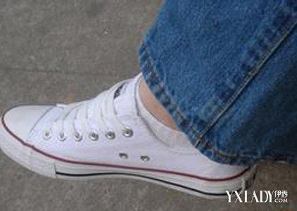 就要懂得白袜子帆布鞋的搭配的技巧