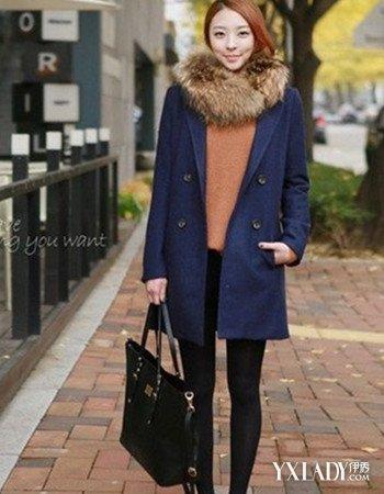 【图】搭配羊绒大衣的围巾街拍展示时尚御寒又