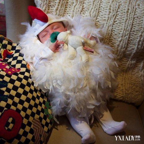 幼儿园万圣节化妆舞会|小朋友万圣节扮成无脸男|小朋友万圣节装扮