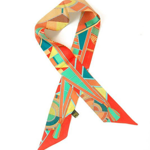 女士丝巾领结怎么打 推荐4款时尚丝巾的系法