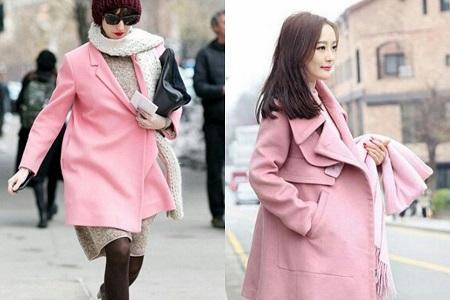 粉红色大衣如何搭配_粉色呢子大衣怎么搭配围巾 这样戴真的很好看