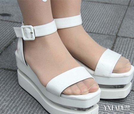 日本学生装袜子皮鞋