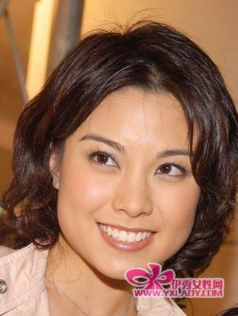 大脸女星廖碧儿 15款发型修饰脸型性感又纯真图片 43877 340x450图片