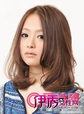 方脸适合的发型+方脸齐刘海发型图片