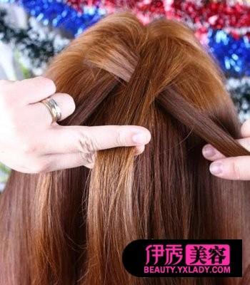 怎样梳头发好看视频 长发梳头发型(14)_DIY发