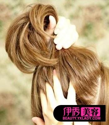 怎样梳头发好看视频 长发梳头发型(17)_DIY发